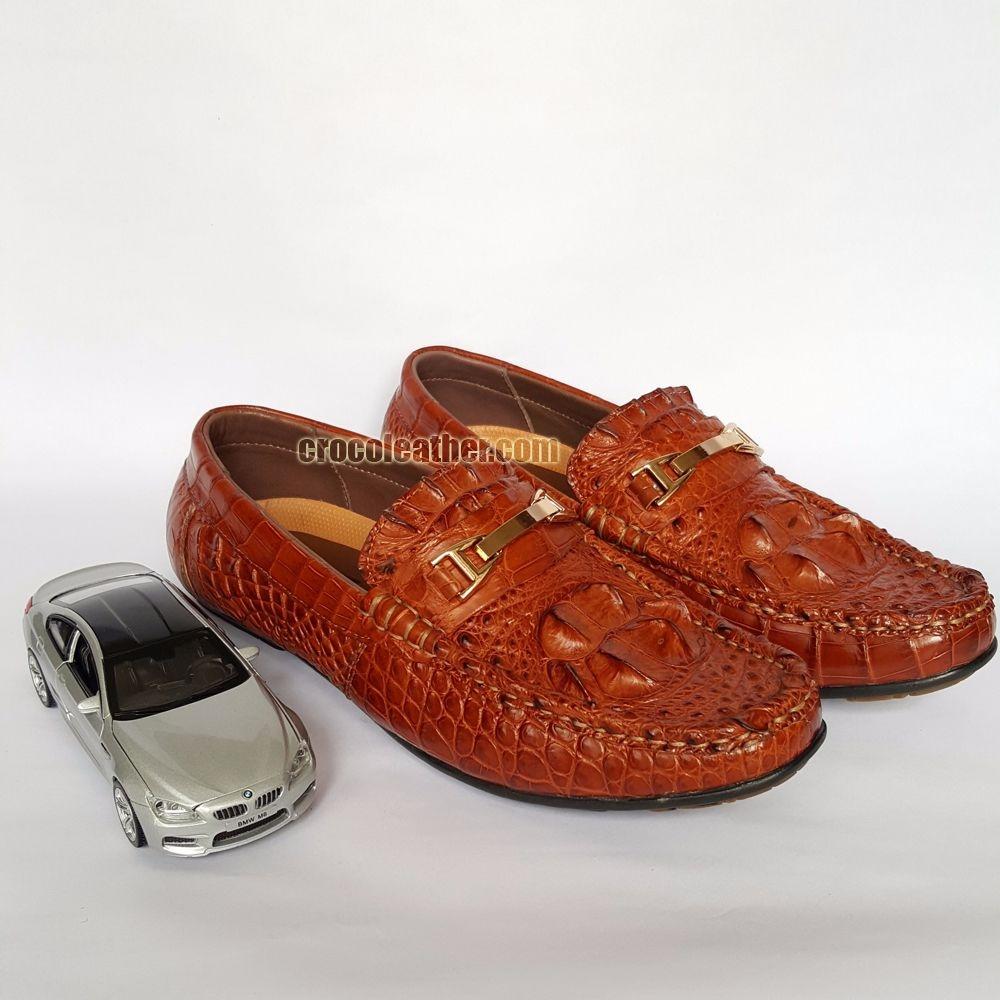 giày cá sấu nguyên con